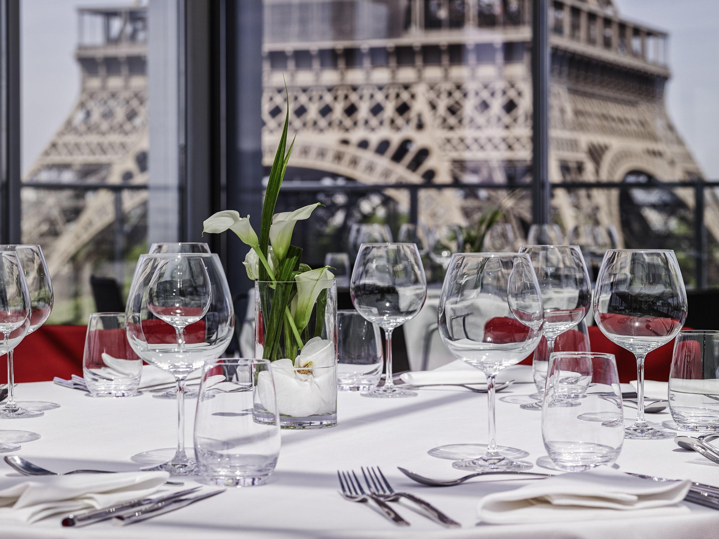 Salon Trocadéro horizontal format banquet 3217-64.jpg