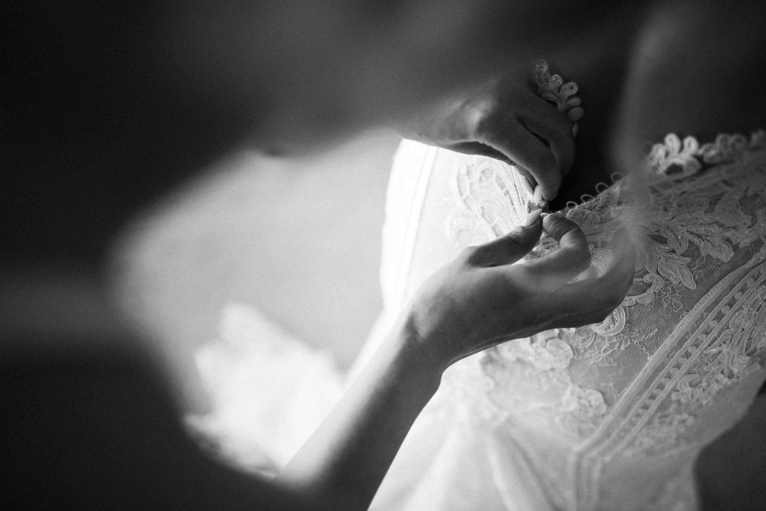 The Raw Photographer - Cairns Wedding Photographer - Laloli - Cairns Garden Wedding - Bride Dress - Destination Wed - Outdoor Reception - Queensland Ceremony-21.jpg