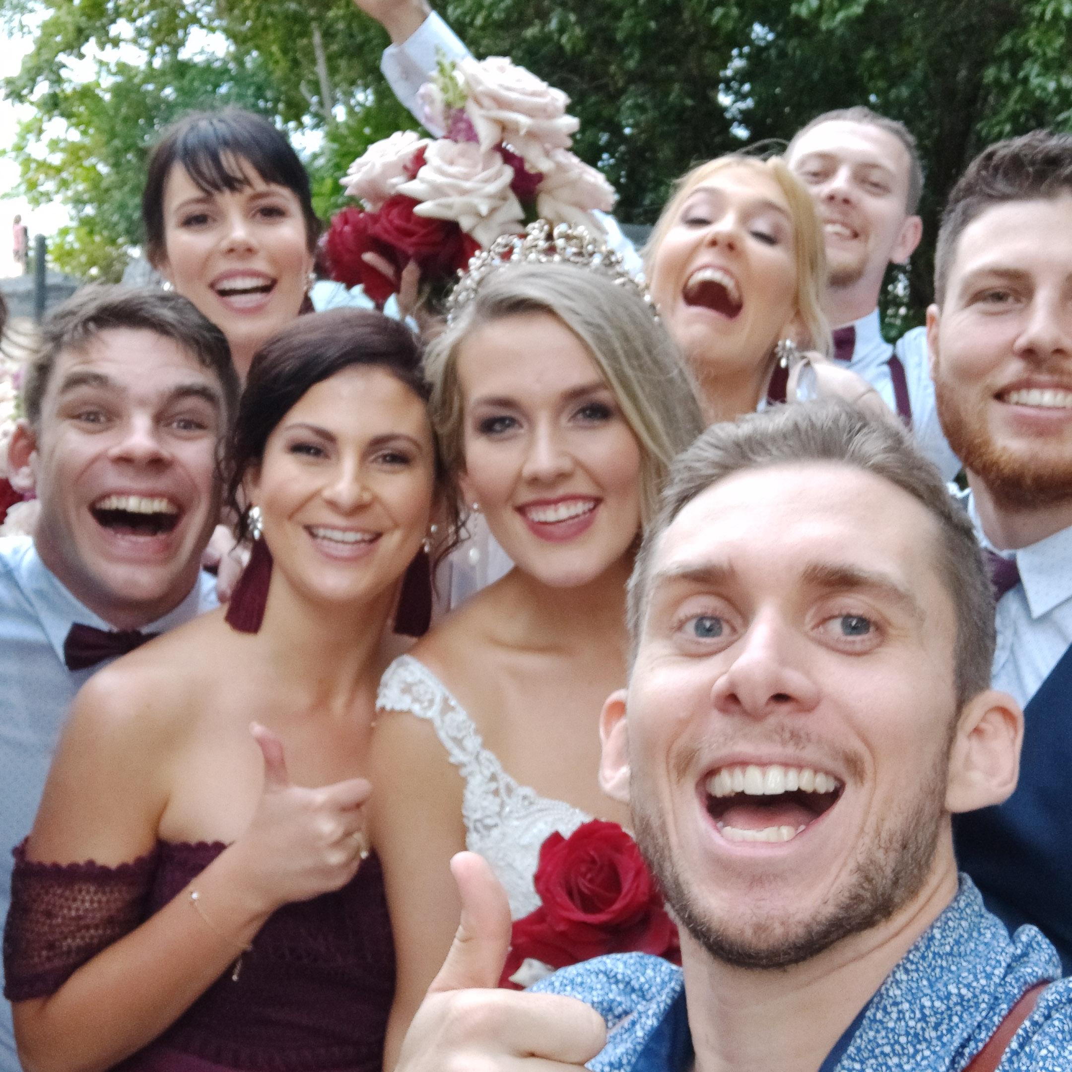 The-raw-photographer-cairns-wedding-photography-bridalparty-selfie-9.jpg