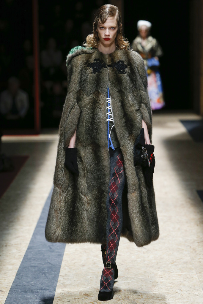AW16_womenswear_Prada_MFW4