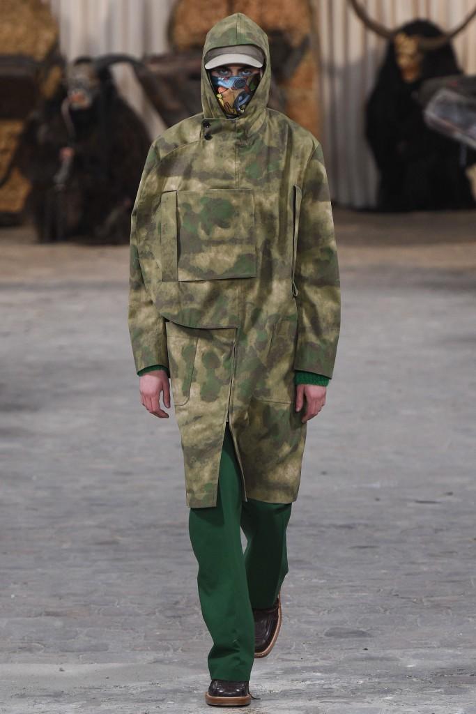 Walter-Van-Beirendonck-Vogue-Runway-AW17-31-683x1024.jpg