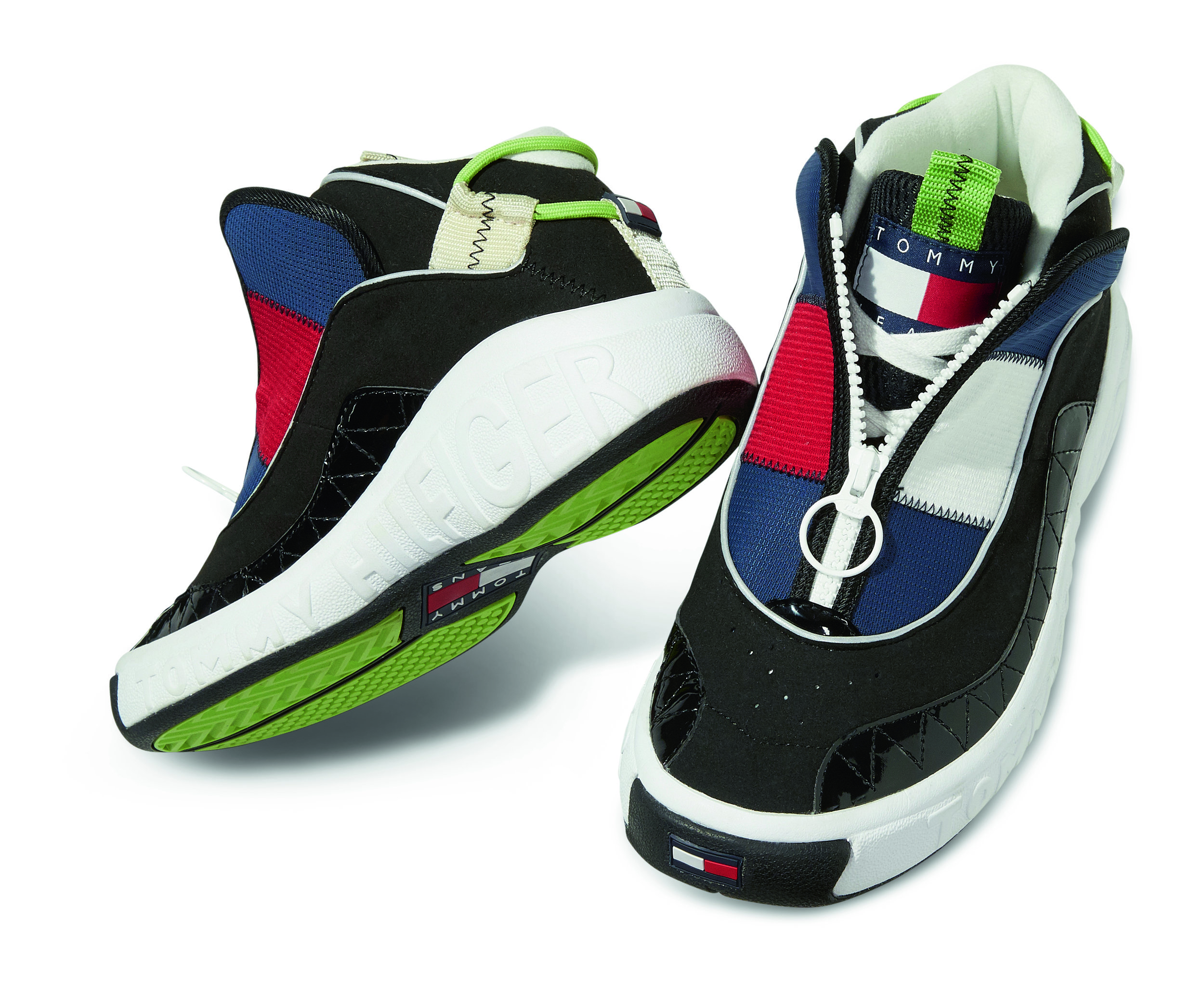 TH_TommyJeans5.0_ICONSHOE_STILL_01.jpg