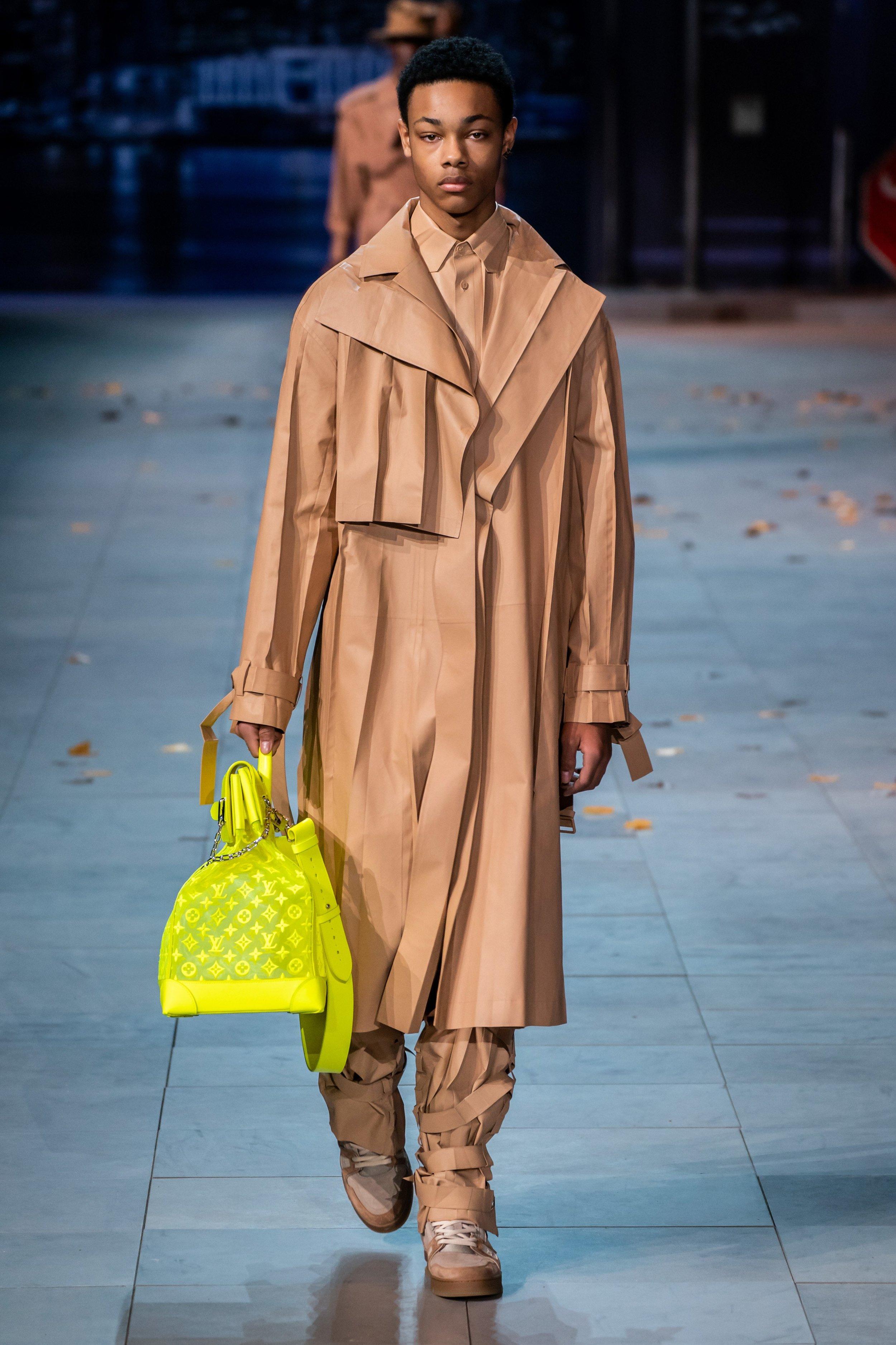 _Louis Vuitton AW190456.jpg