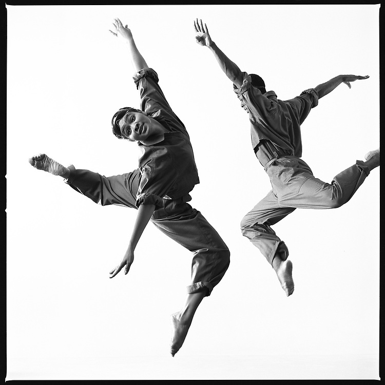 "Laceine Owsley Wedderburn and Damon Pooser in ""Take-Off from a Forced Landing,"" 1984, Courtesy of Lois Greenfield, © Lois Greenfield"