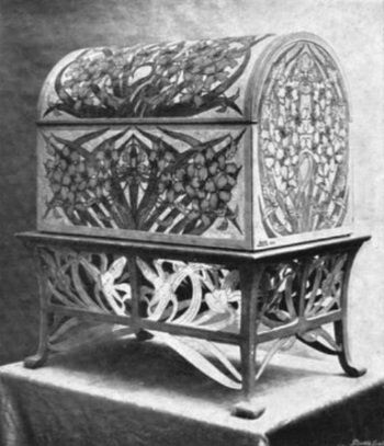 Claire Y Du Locle, Casket with interlace pattern in tooled leather (image from  L'art decoratif: revue mensuelle d'art contemporain , issues 28-36, July 1901, p. 164)