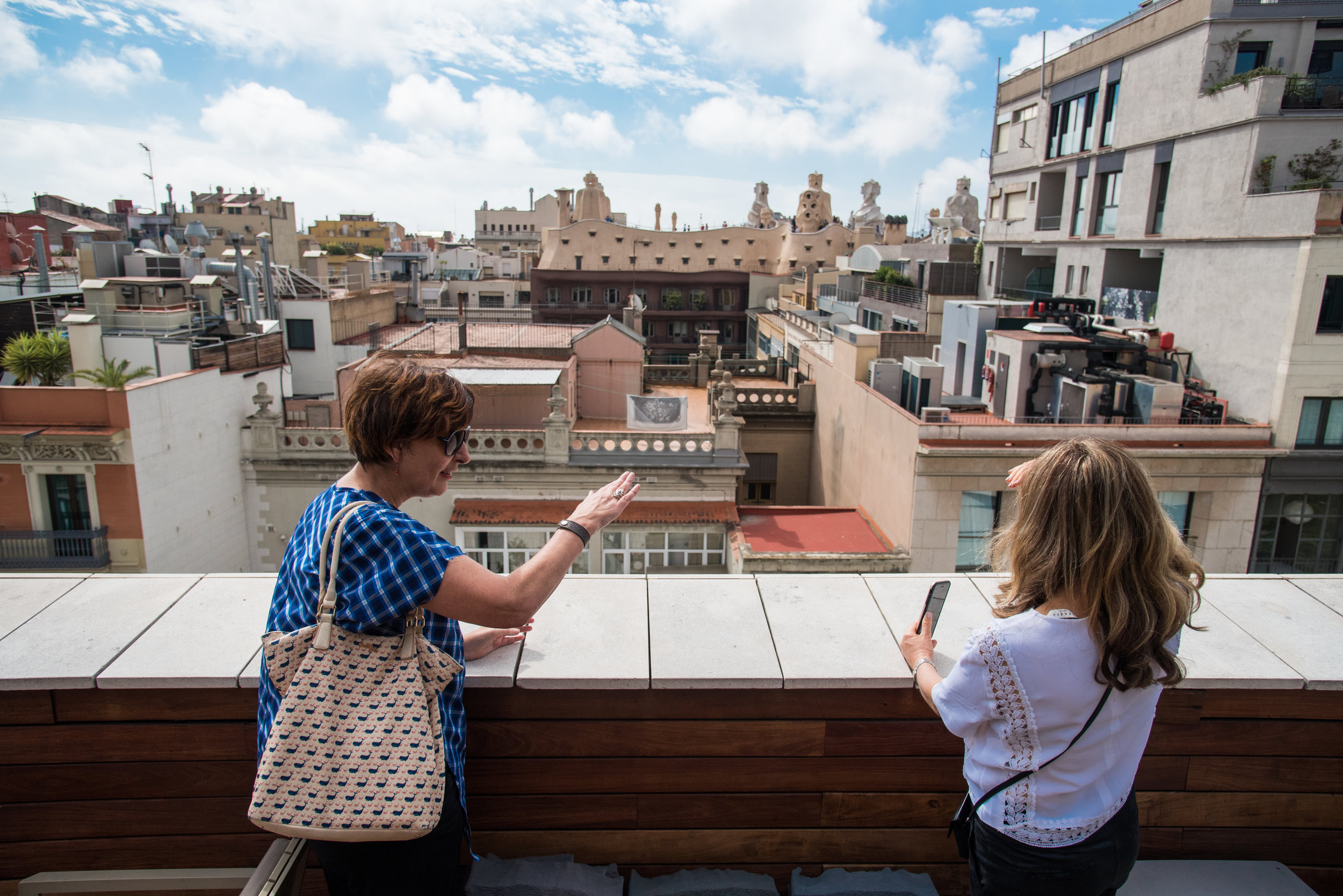 MeetJune  Design tour of Barcelona with Suzanne ( Barcelonadesigntours.com )