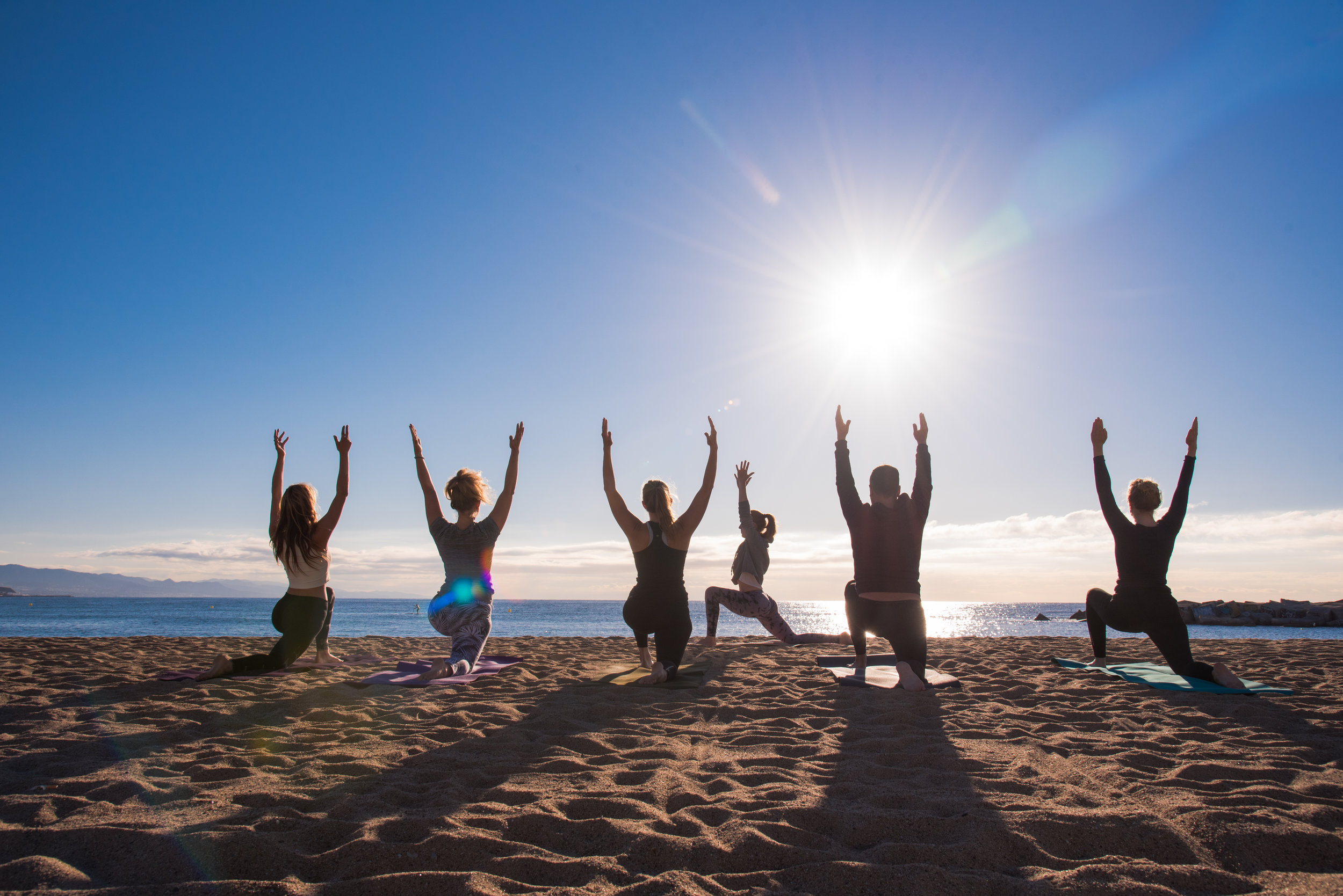 MeetJune  Yoga & brunch at the beach with Kate & Courtney ( intothewildspaces.com )