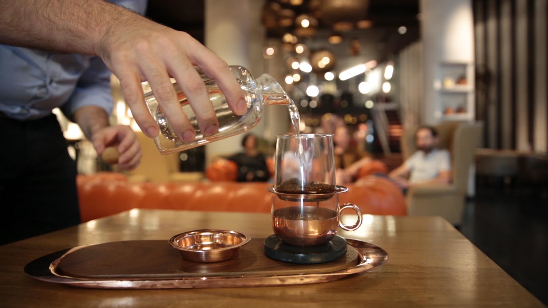 Koffie montage.00_00_04_18.Still001.jpg