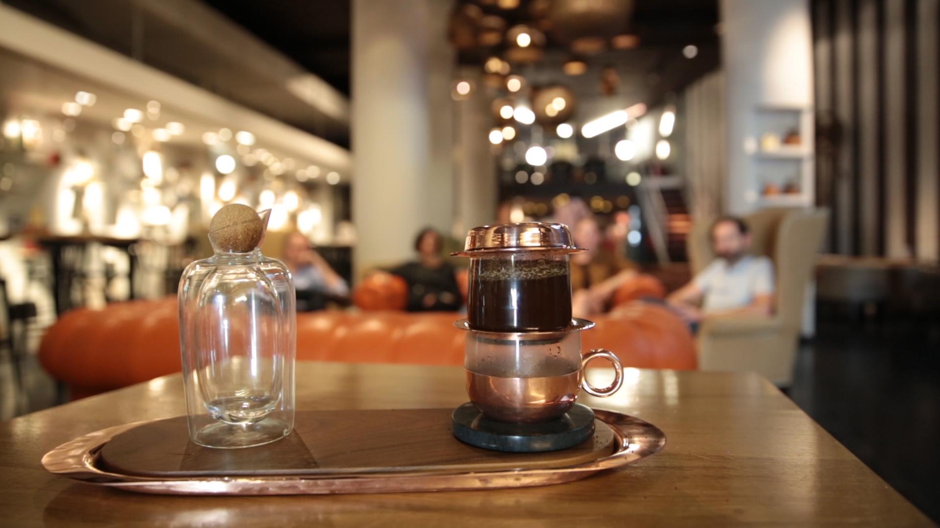 Koffie montage.00_04_40_22.Still005.jpg