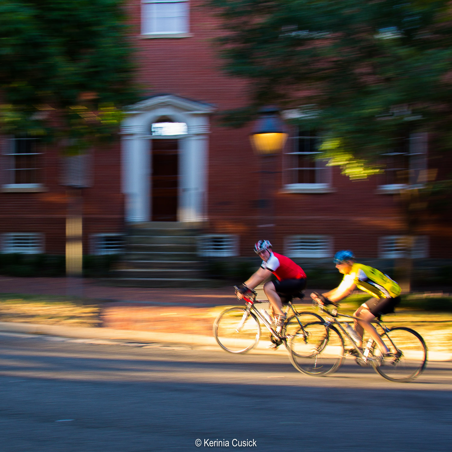 Learn how to add creative blur to your photos such as this one taken in front of the Robert E Lee childhood home.