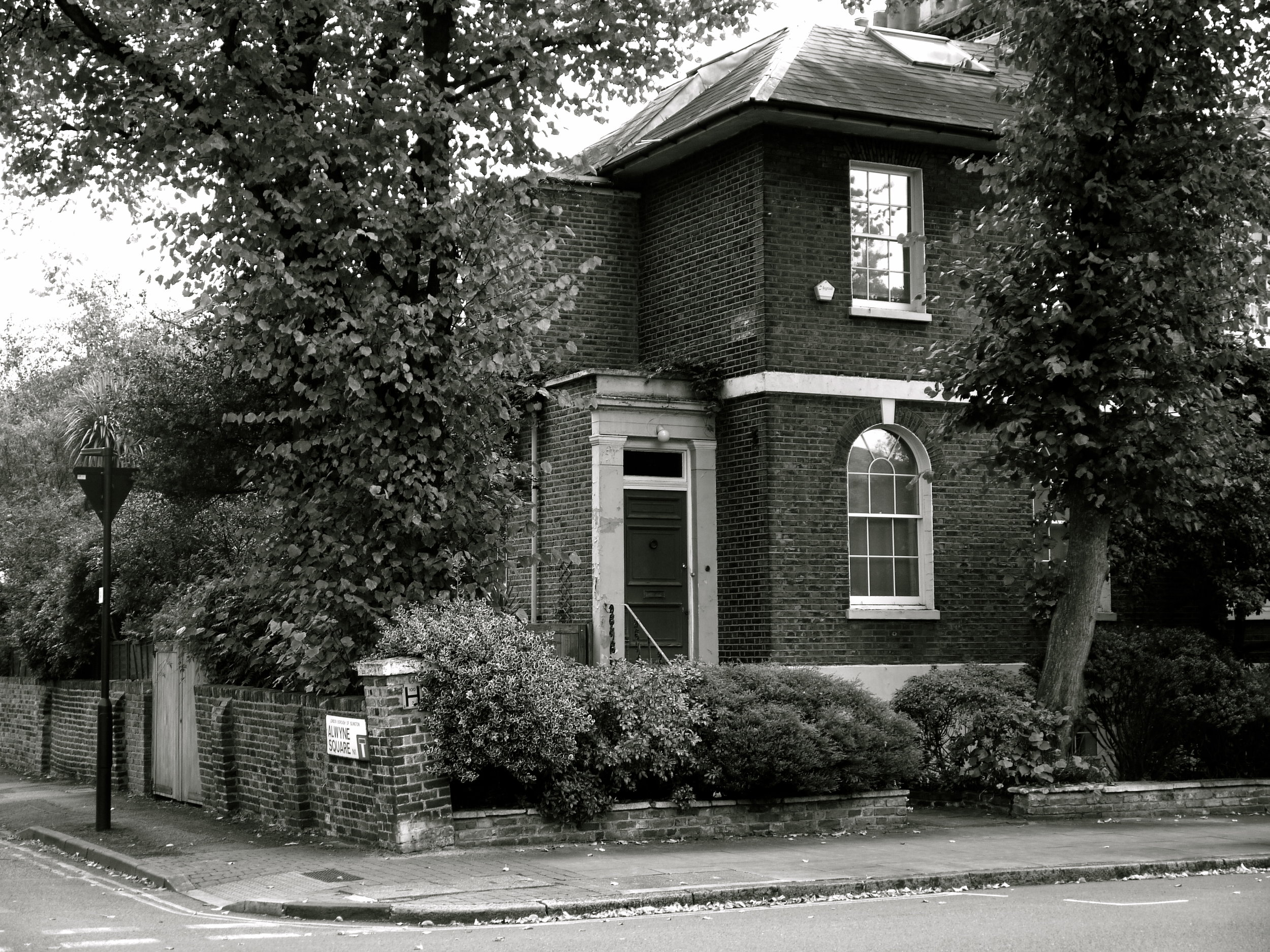 A semi-detached house in Canonbury