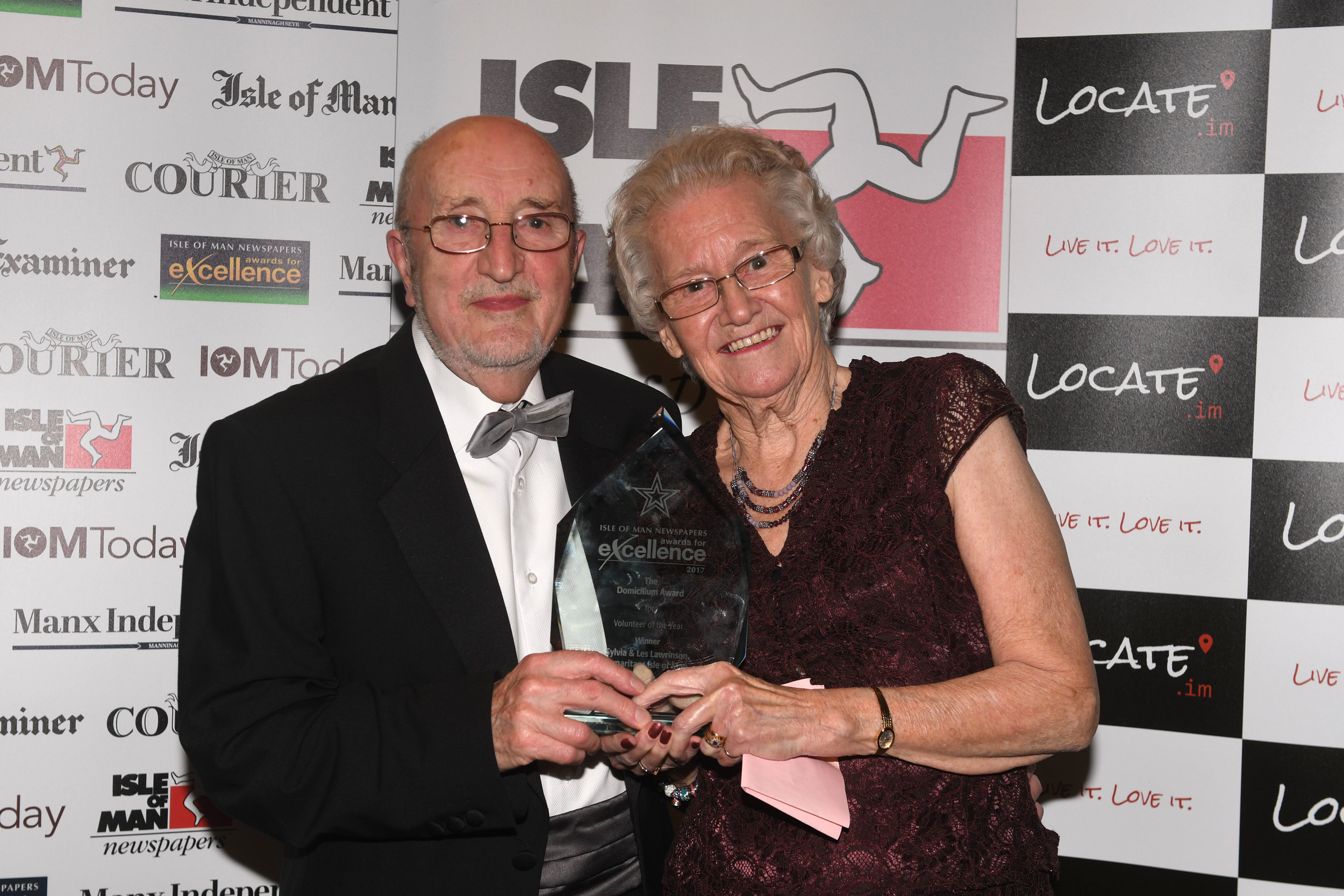 Sylvia and Les Lawrinson WInners of Volunteer of the Year