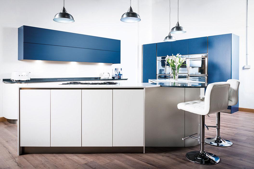 luna kitchen.jpg