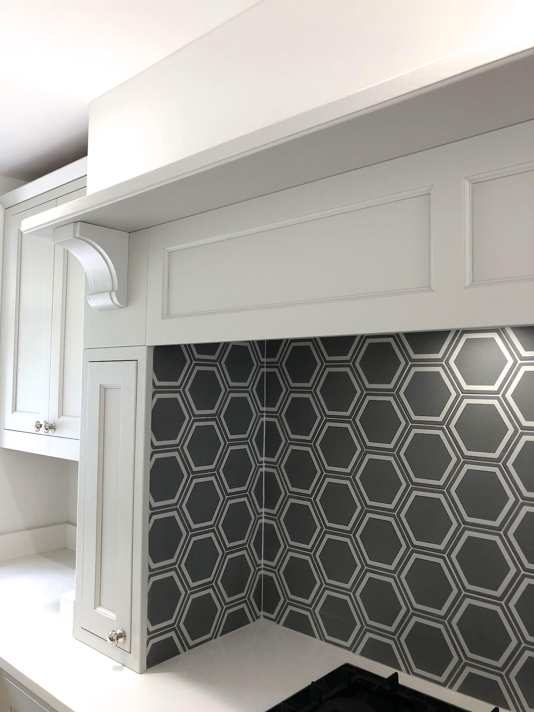 White Grey Shaker Wood Kitchen Oxfordshire 981.jpg