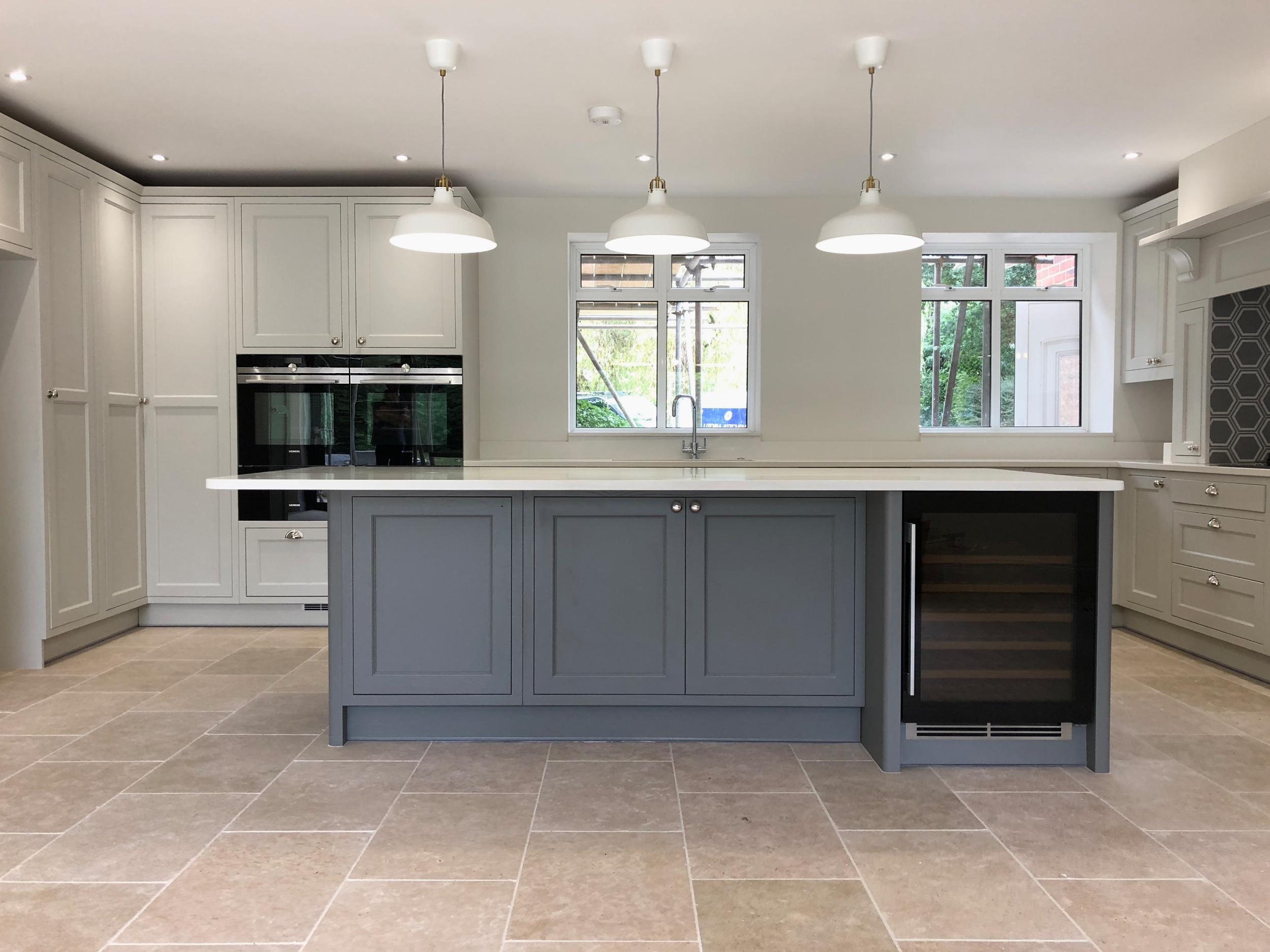 White Grey Shaker Wood Kitchen Oxfordshire 977.jpg