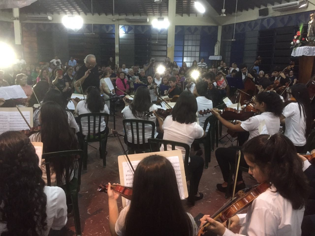 The Recycled Orchestra's first recital using the instruments donated by IBB, July 2016.