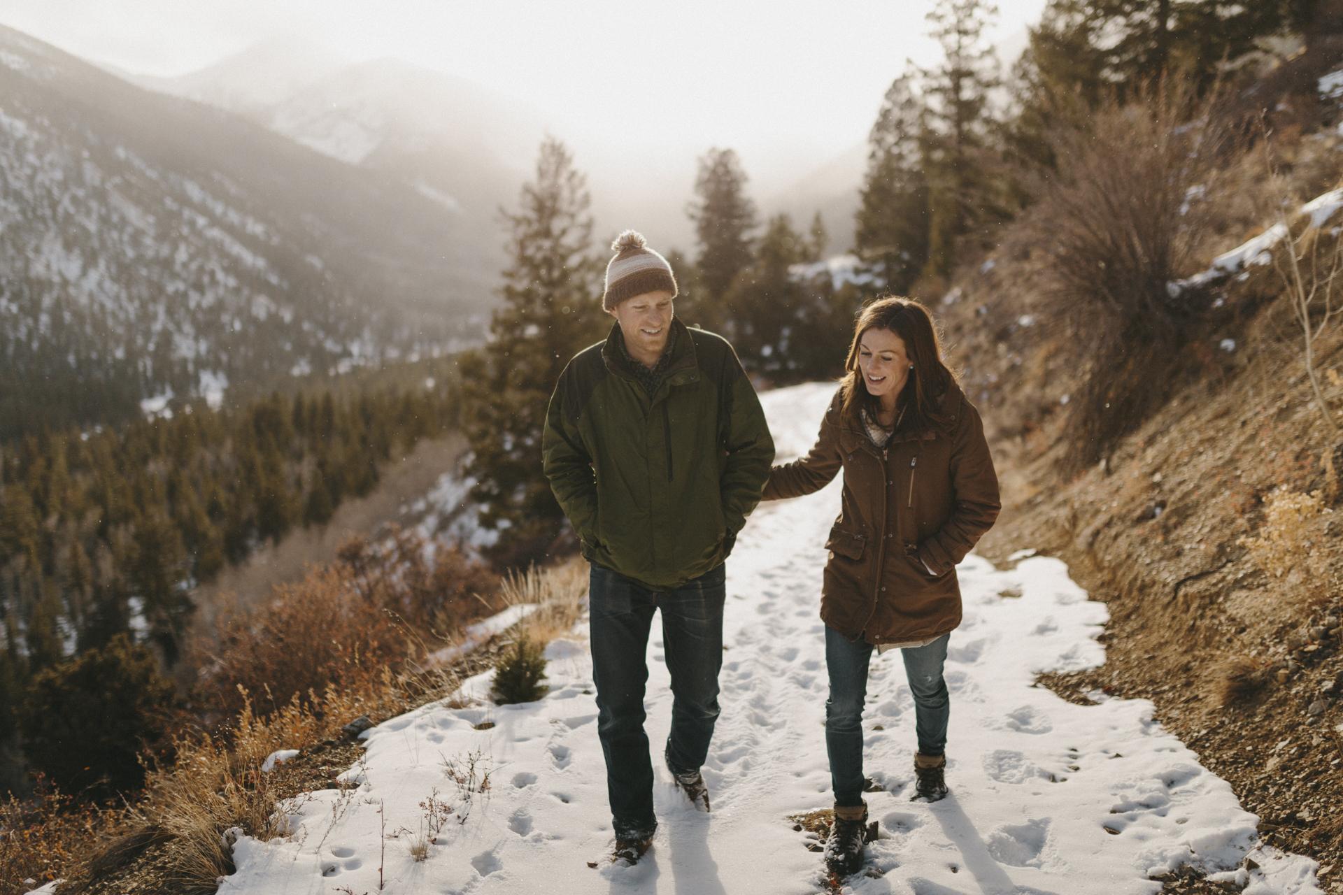 snowy-colorado-winter-mountain-engagement-4.jpg