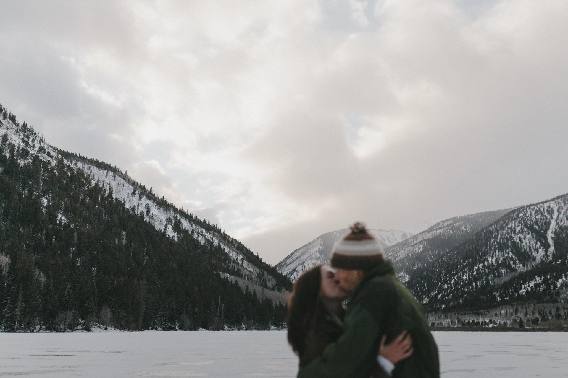 snowy-colorado-winter-mountain-engagement-11.jpg