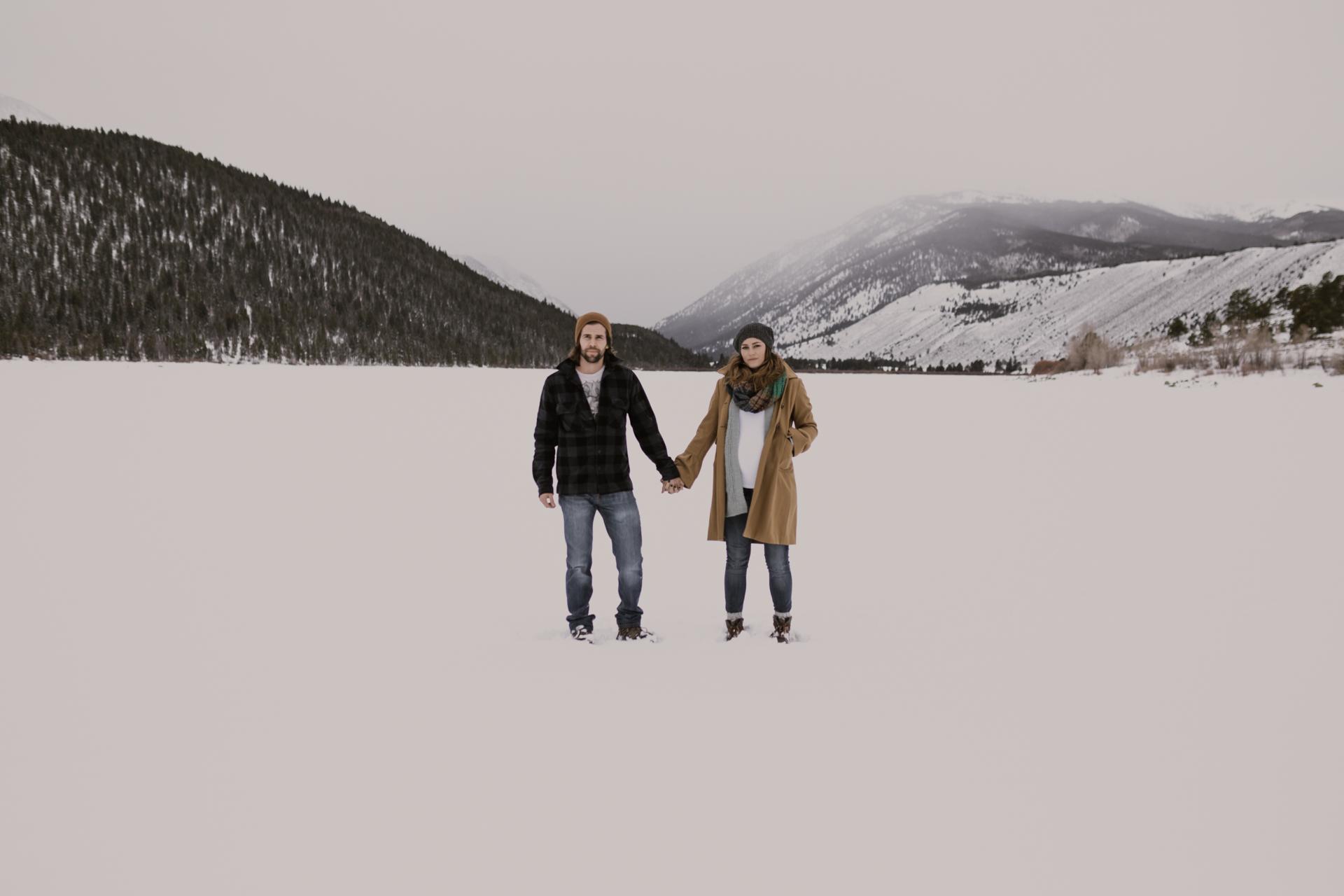 snowy-mountain-colorado-couples-shoot-2.jpg