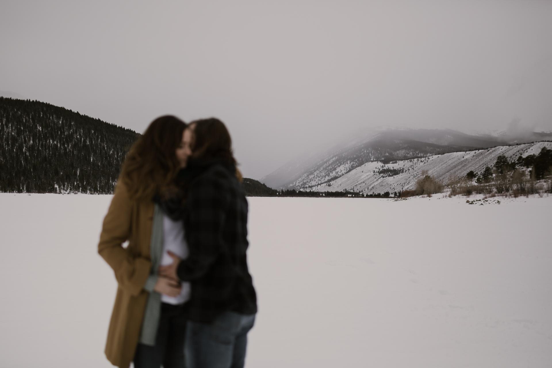 snowy-mountain-colorado-couples-shoot-12.jpg