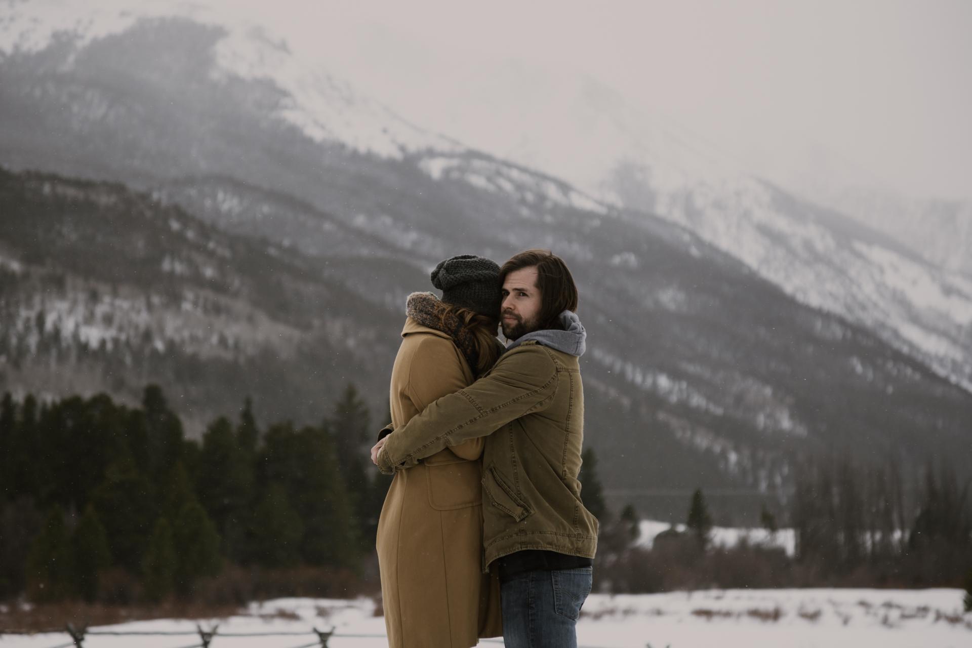 snowy-mountain-colorado-couples-shoot-14.jpg