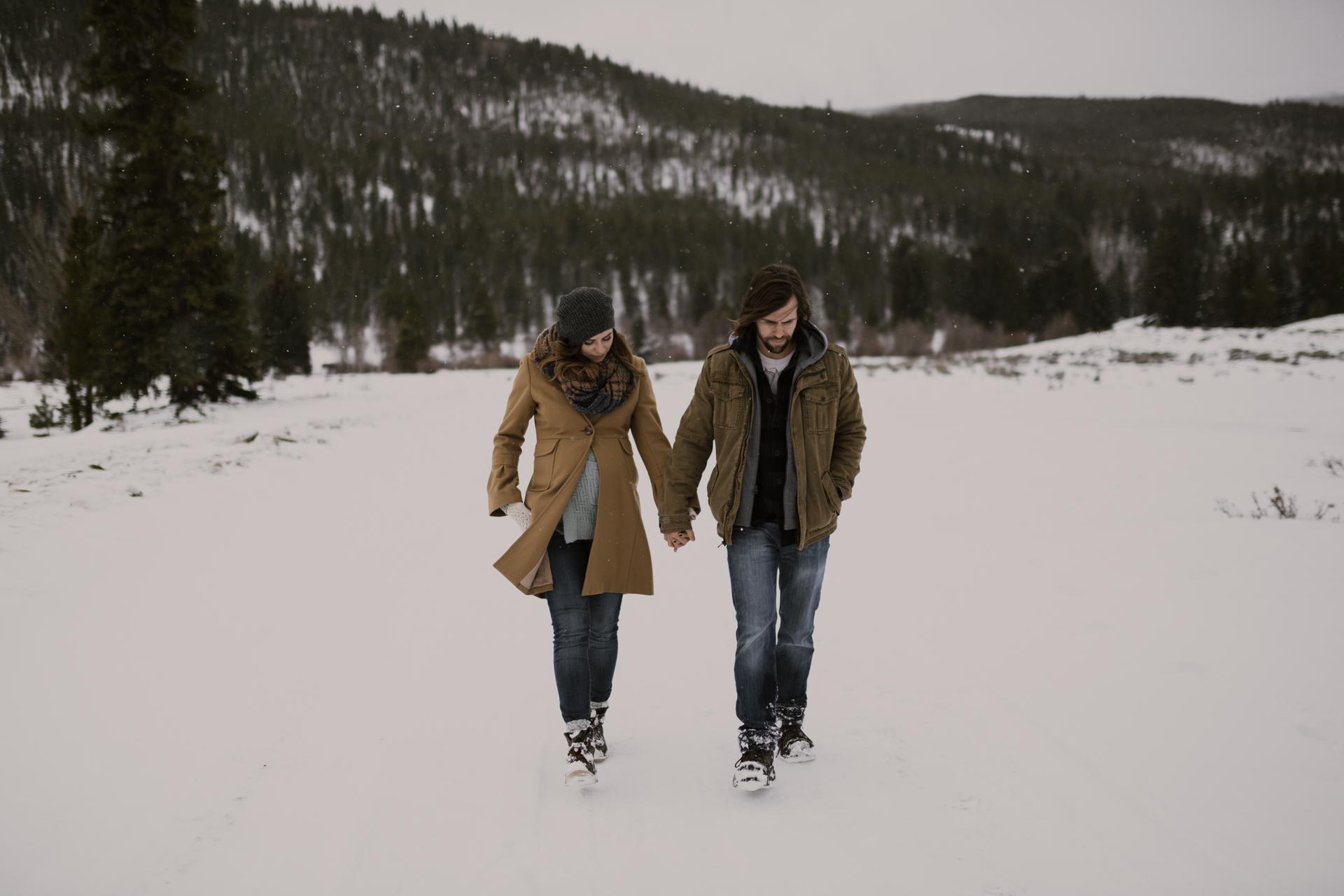 snowy-mountain-colorado-couples-shoot-21.jpg