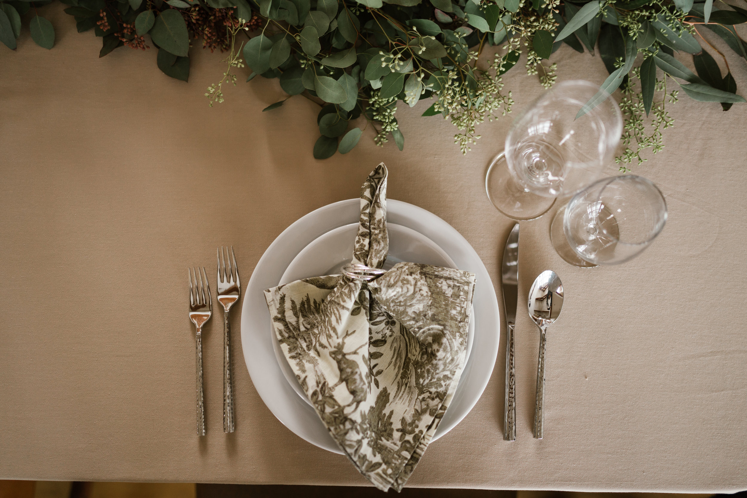 intimate-in-home-carbondale-wedding-5.jpg