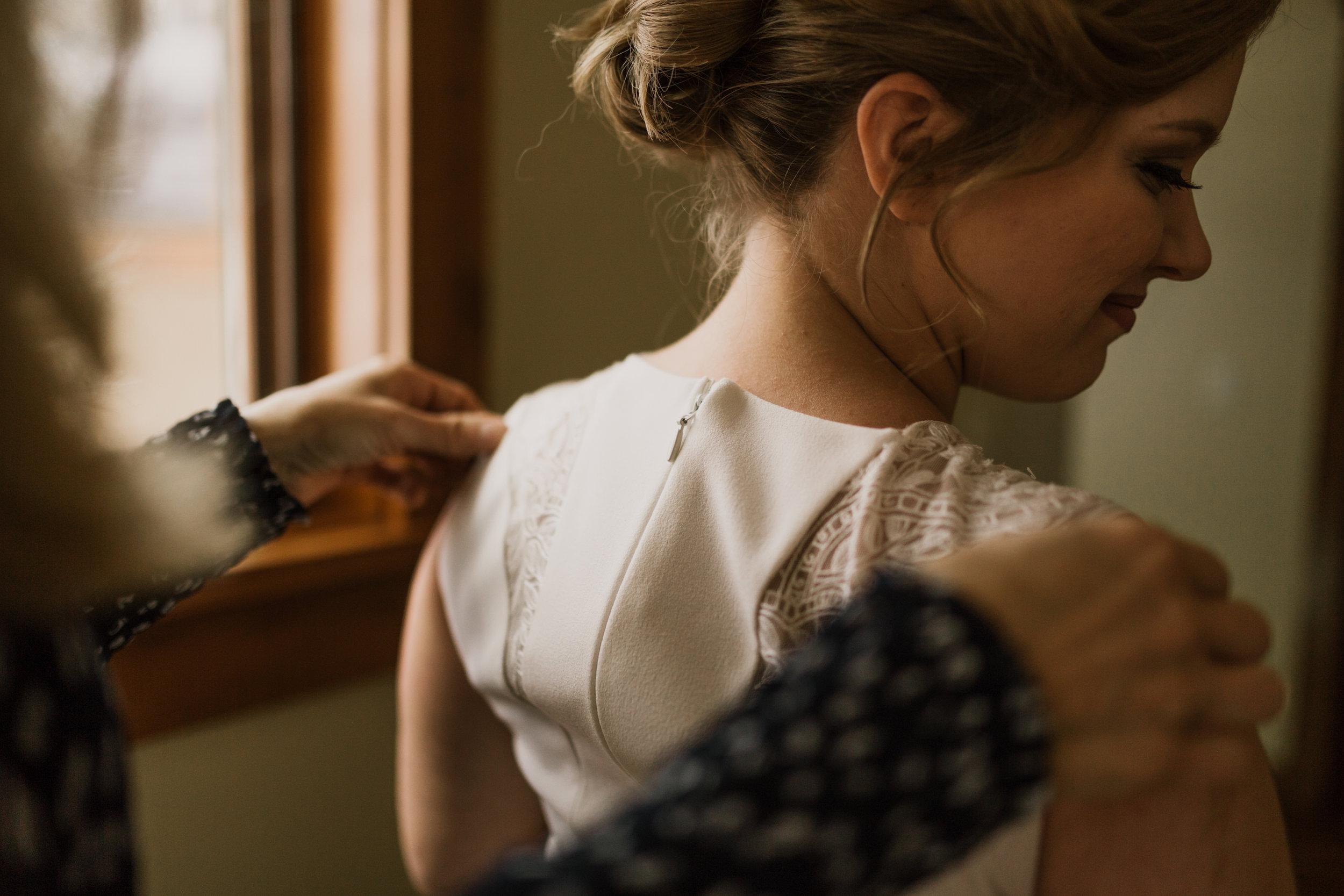 intimate-in-home-carbondale-wedding-14.jpg