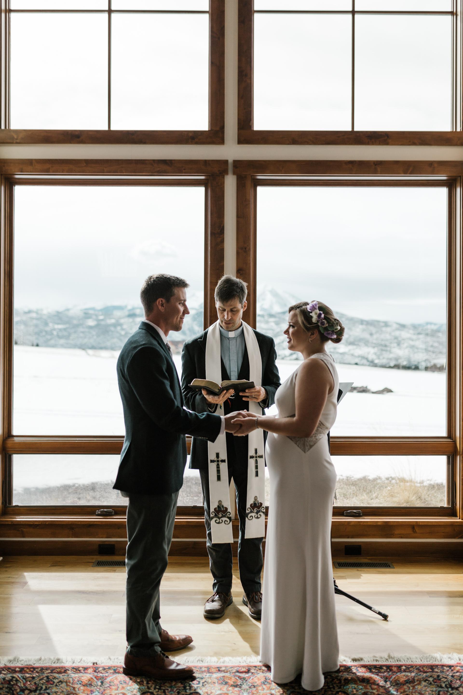 intimate-in-home-carbondale-wedding-25.jpg