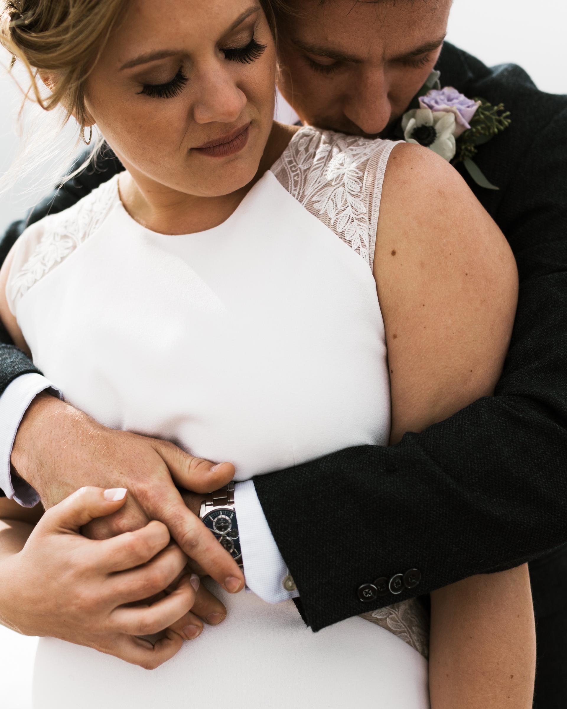 intimate-in-home-carbondale-wedding-38.jpg