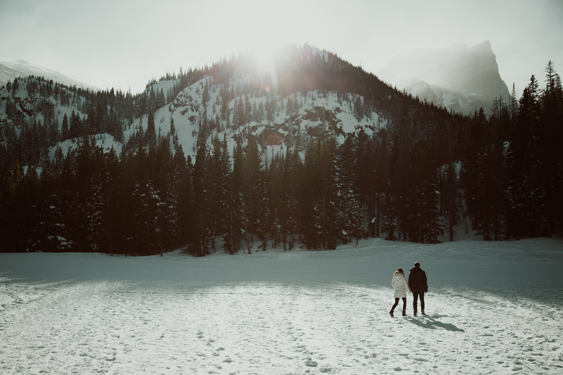 winter-rocky-mountain-national-park-engagements-11.jpg
