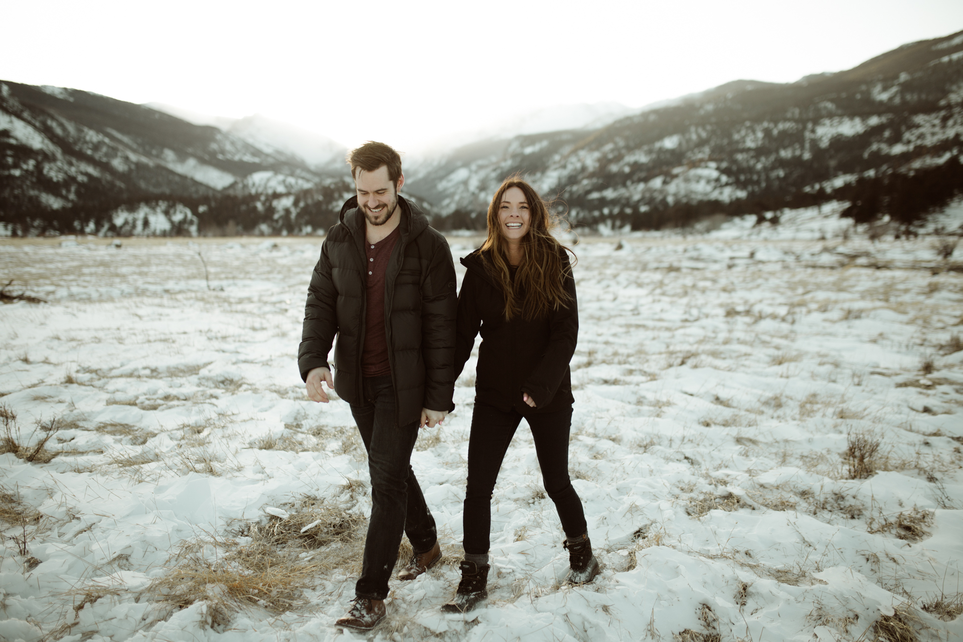 winter-rocky-mountain-national-park-engagements-34.jpg