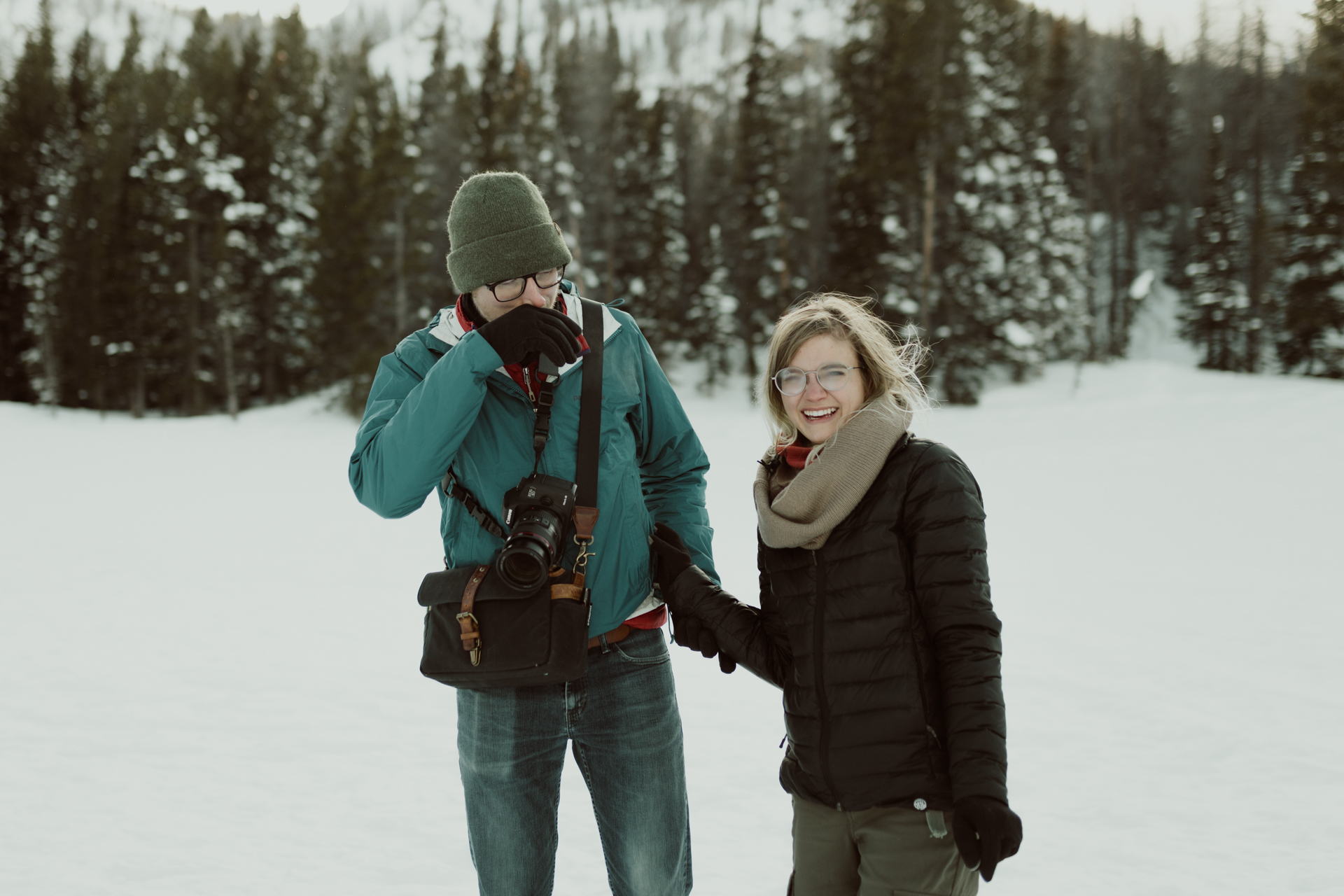 winter-rocky-mountain-national-park-engagements-18.jpg