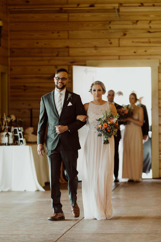 romantic_colorado_ranch_wedding-21.jpg