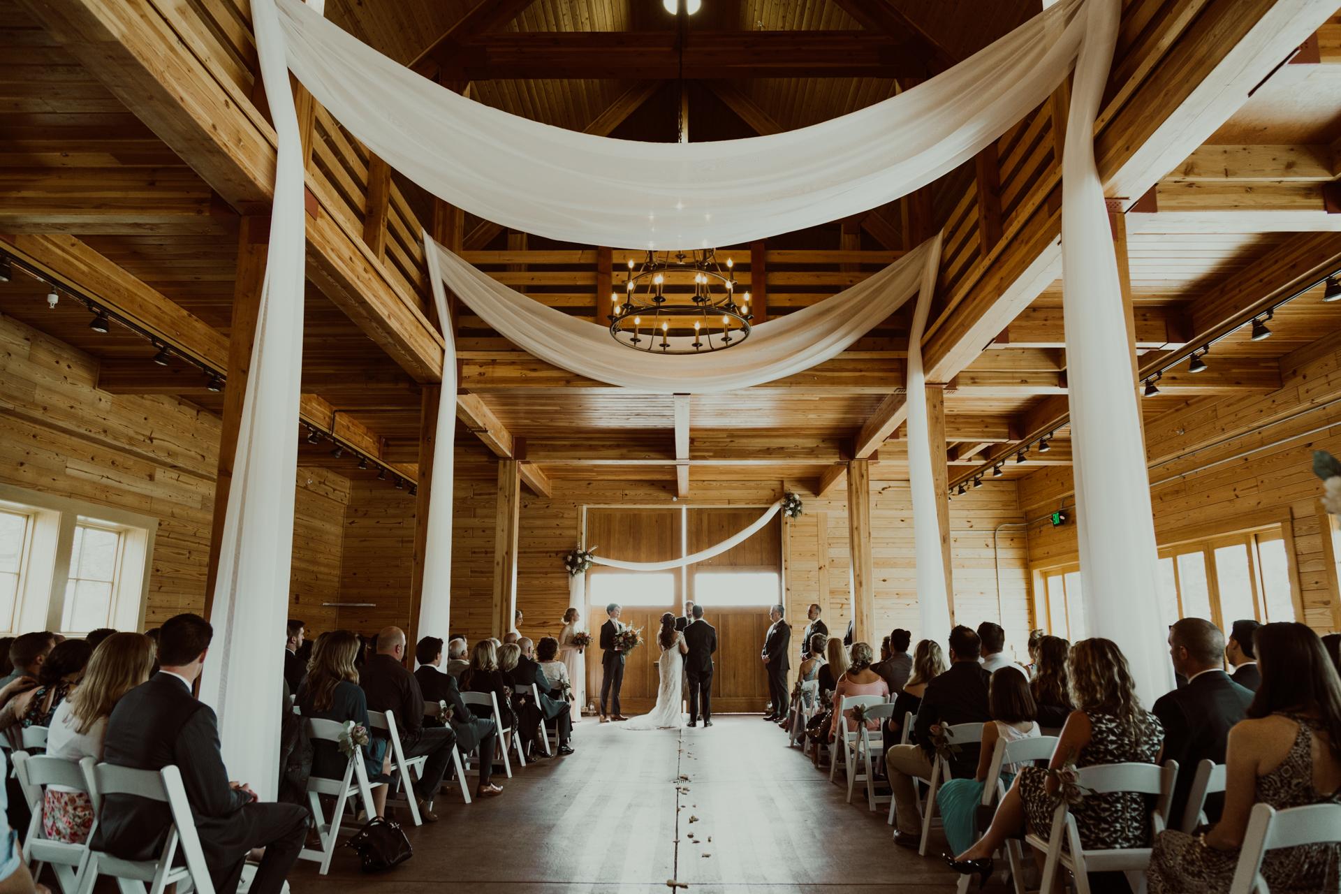 romantic_colorado_ranch_wedding-25.jpg