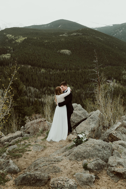 colorado-mount-evans-intimate-adventurous-elopement-13.jpg