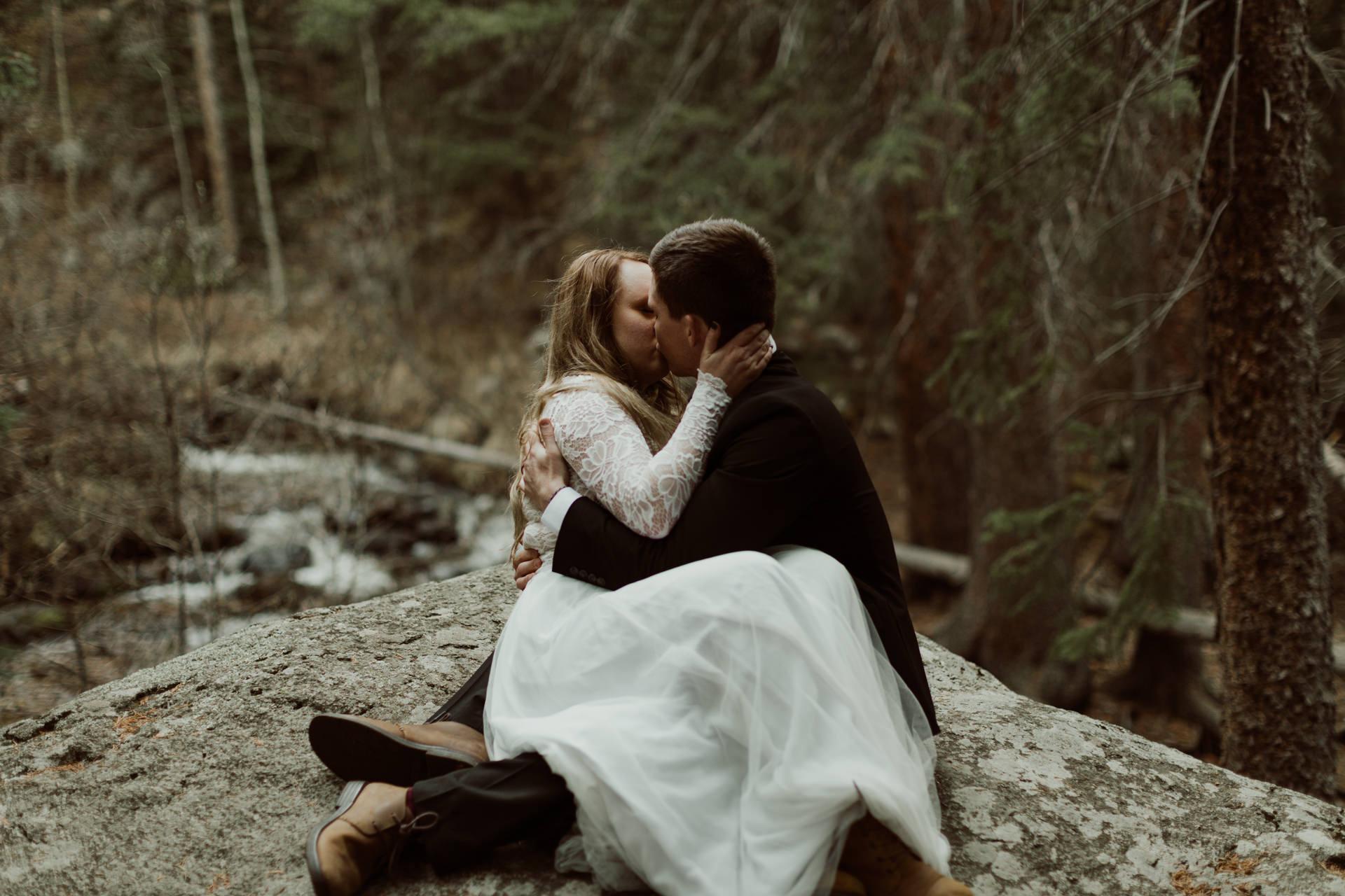colorado-mount-evans-intimate-adventurous-elopement-26.jpg