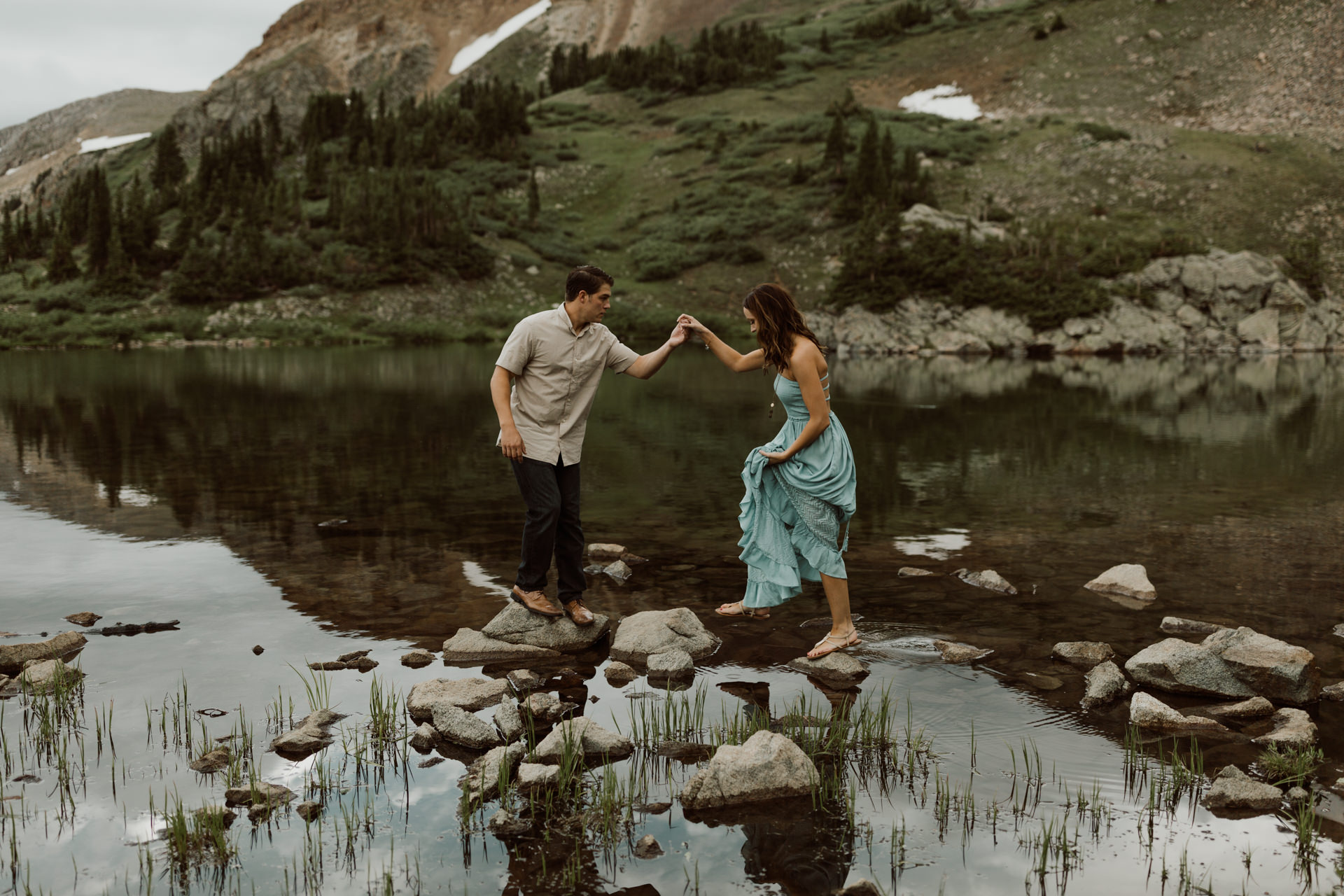colorado-alpine-lake-adventure-engagements-22.jpg
