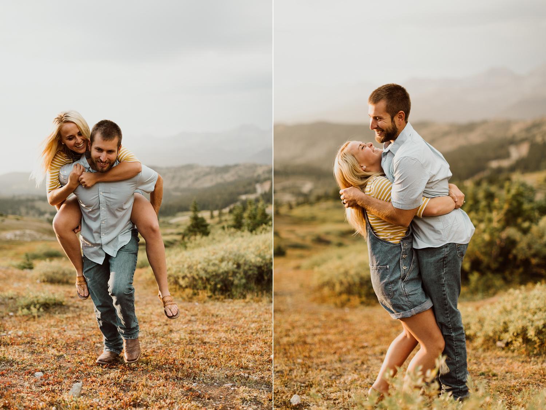 colorado-mountain-top-unposed-engagements-45.jpg