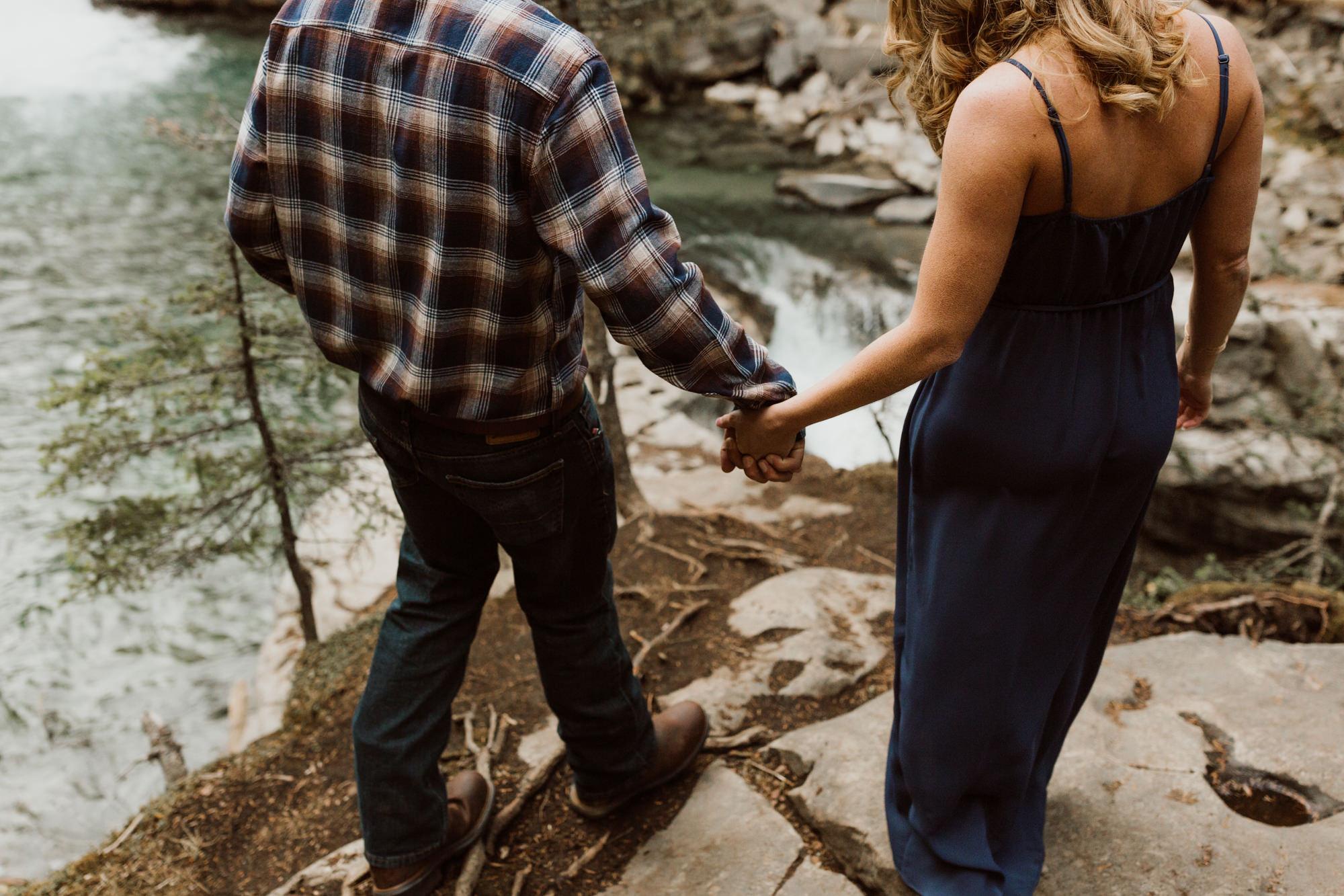 banff-engagements-destination-wedding-photographer-21.jpg