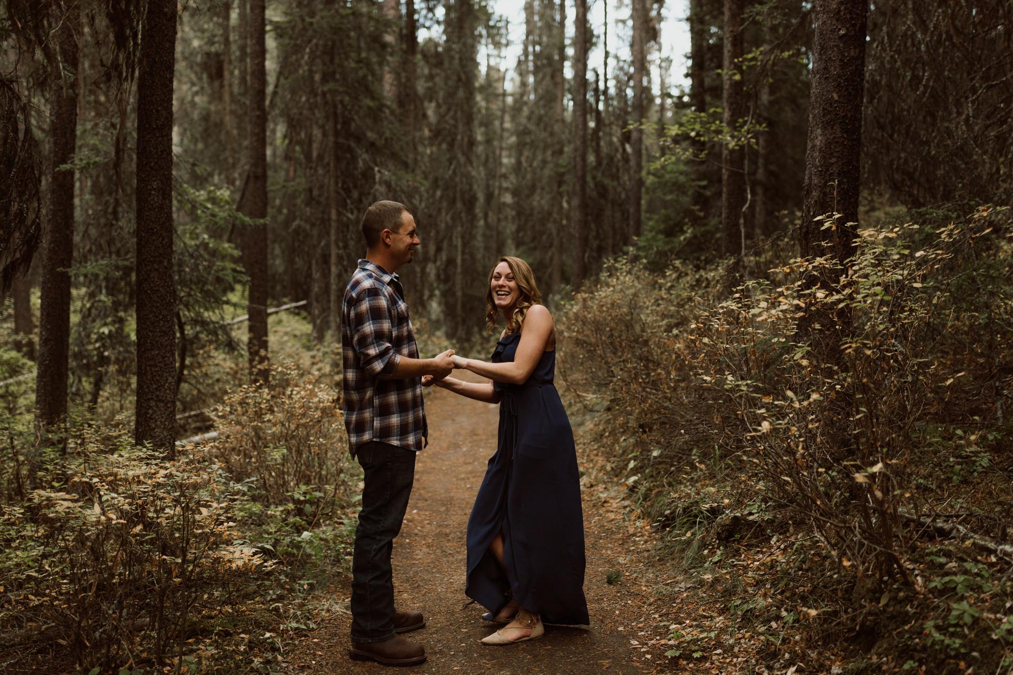 banff-engagements-destination-wedding-photographer-39.jpg
