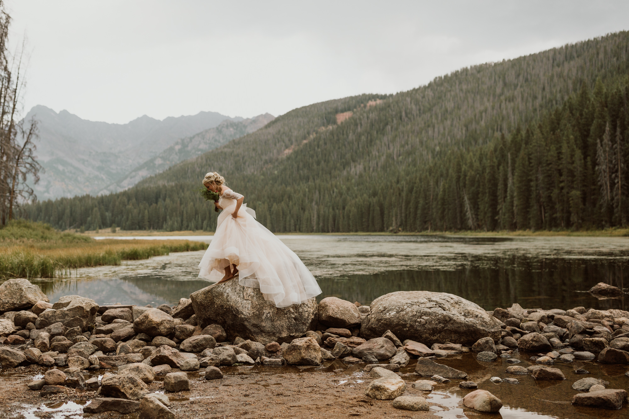 piney-river-ranch-intimate-colorado-wedding-21.jpg