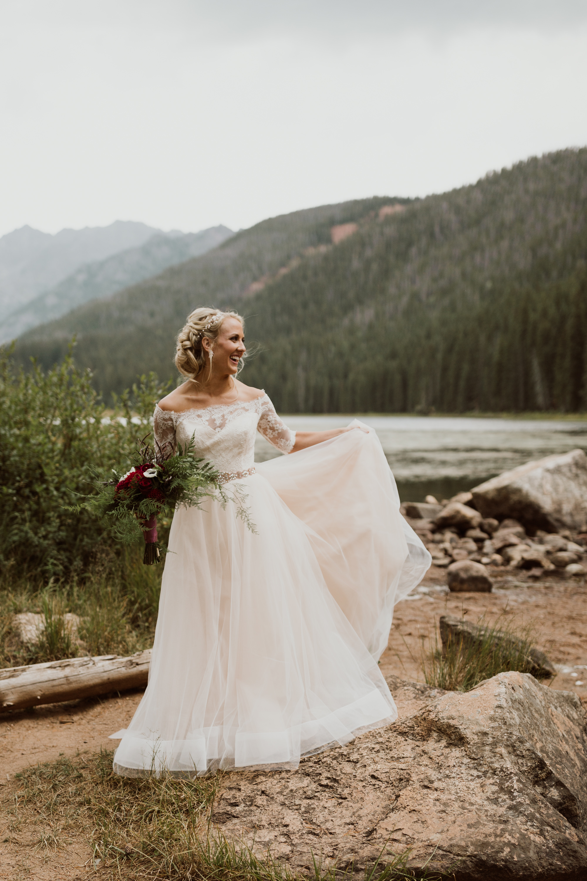 piney-river-ranch-intimate-colorado-wedding-20.jpg