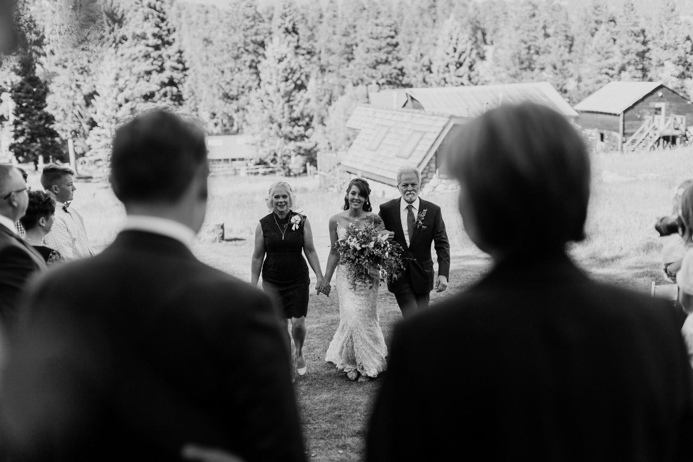 intimate-colorado-fall-wedding-26.jpg