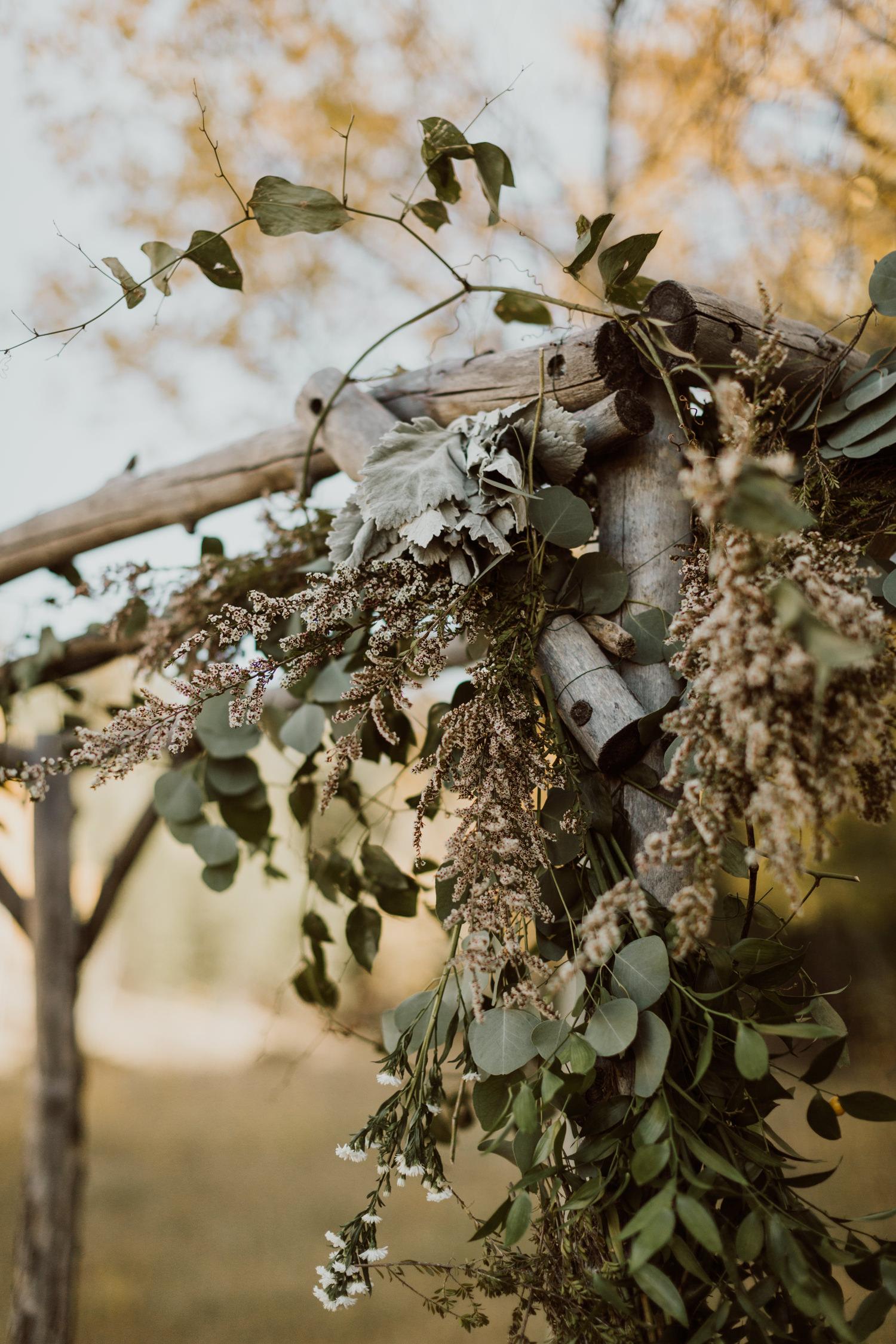 intimate-colorado-fall-wedding-46.jpg