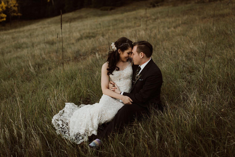 intimate-colorado-fall-wedding-70.jpg