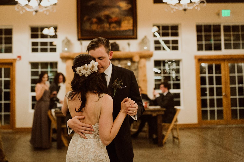 intimate-colorado-fall-wedding-93.jpg