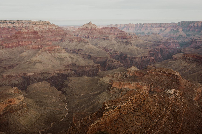 grand-canyon-national-park-engagements-1.jpg