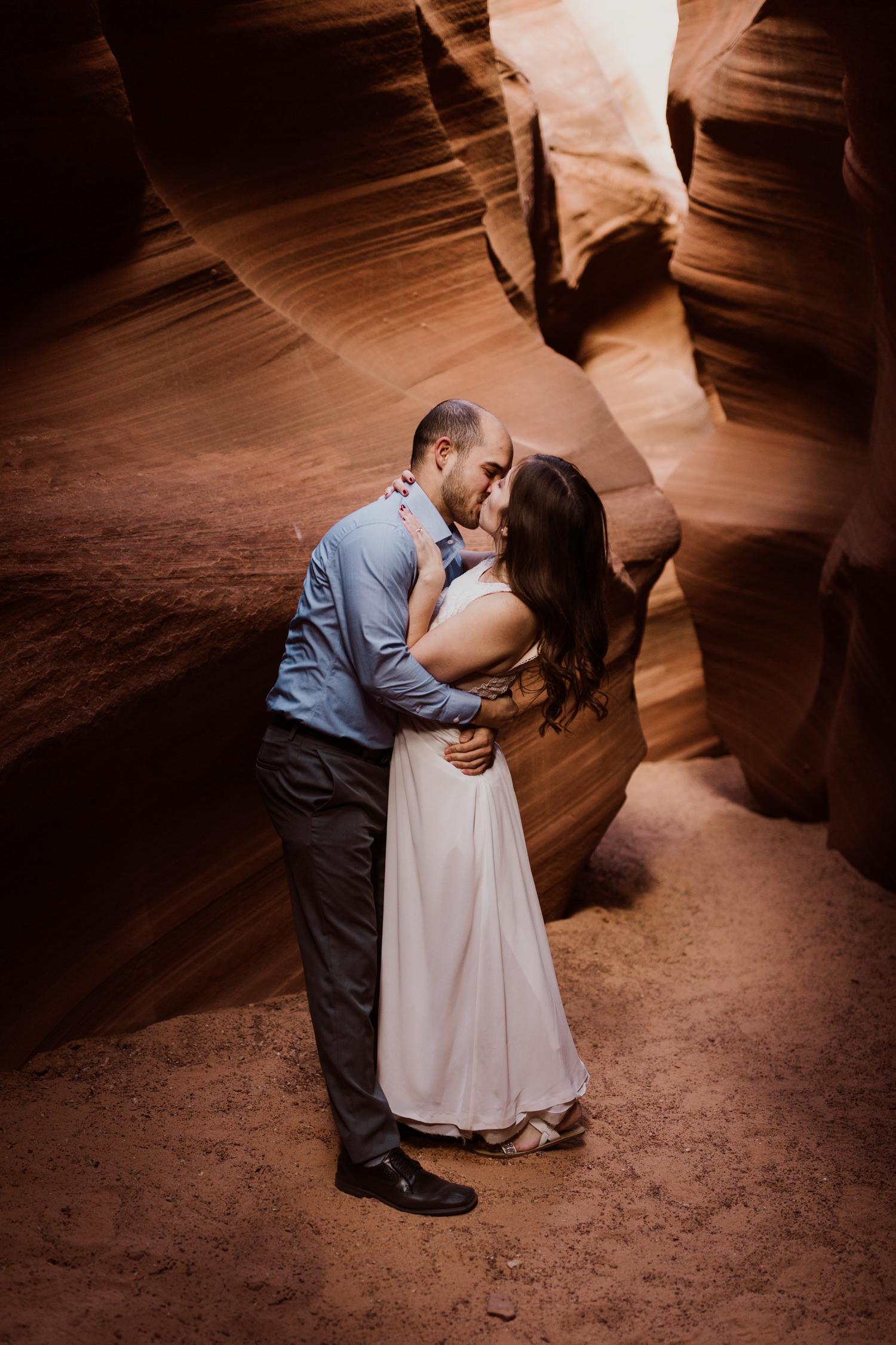 glen-canyon-arizona-adventure-engagements-27.jpg