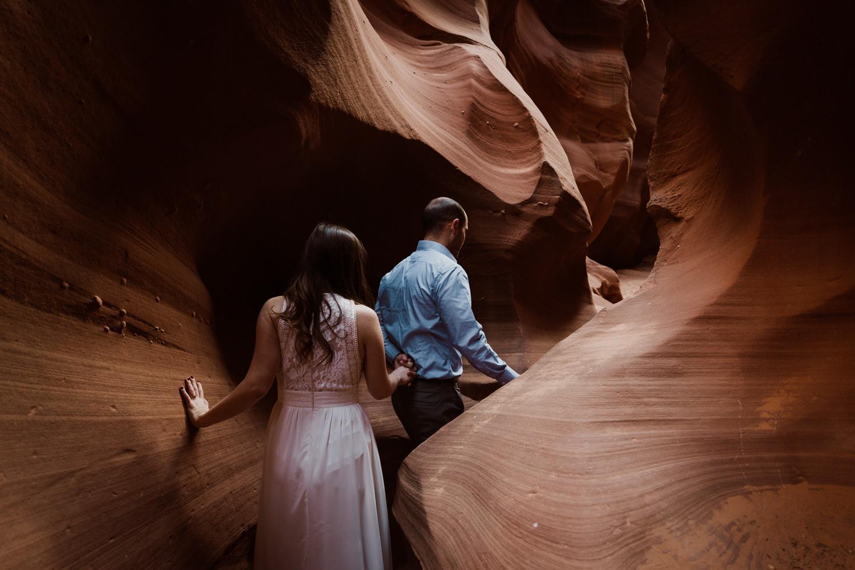 glen-canyon-arizona-adventure-engagements-32.jpg